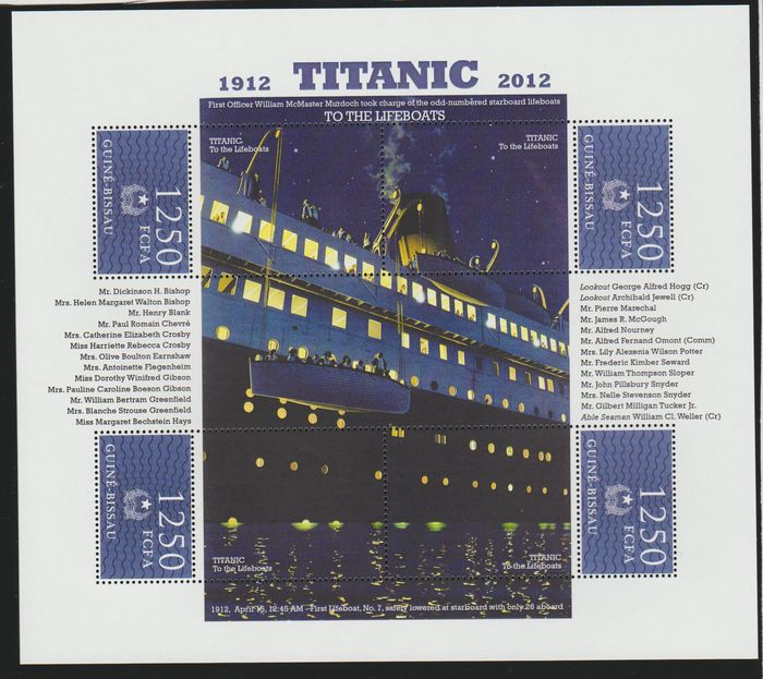 World - Ship collection including the Titanic and 27 big covers..