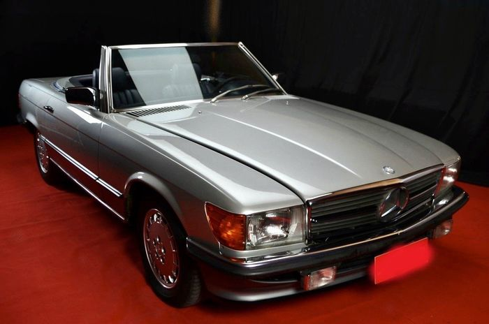 Mercedes-Benz - 500 SL V8 - 1982