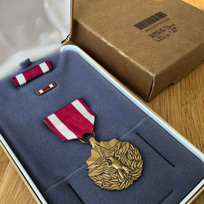 Verenigde Staten - Leger/Infanterie - Meritorious Service Medal - Complete in Factory Condition! (Incl. Outer Carton Box!!)