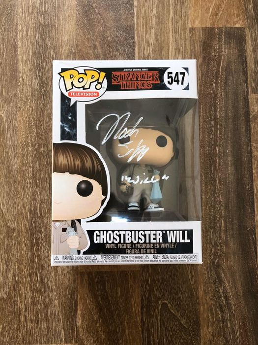 Stranger Things - Noah Schnapp (Will)  - Autograph, Figurine(s), Signed Funko Pop, Private Signing 2019 - photo proof