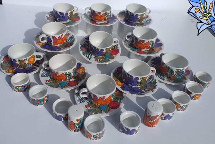 Christine Reuter - Villeroy & Boch - cups of coffee, dishes, salter, palillero, egg (33) - Contemporáneo