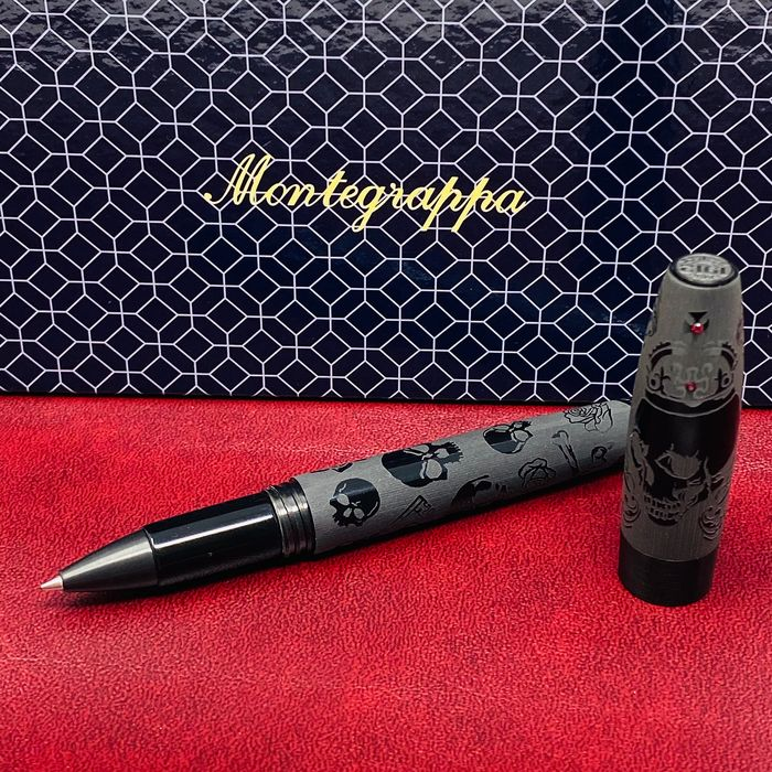 Montegrappa - Ballpoint - Fortuna Crowned Skull Black RB