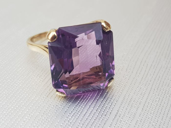 Amethyst (14KT) Ring- Gold - 9ct/375 Or jaune - Bague - 14.00 ct Améthyste
