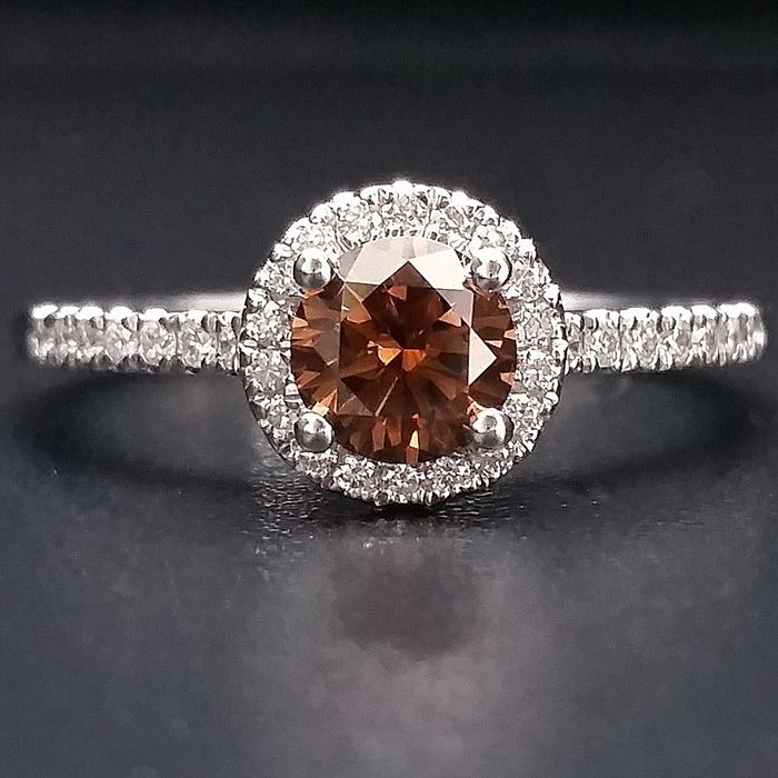 0.72ct Natural Fancy Vivid Brownish Orange - 14 karaat Witgoud - Ring - Diamanten, *** Geen minimumprijs ***