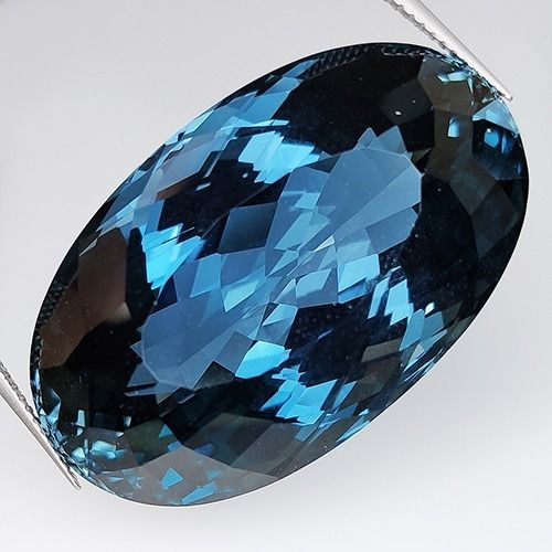 Azul de londres Topacio - 103.75 ct