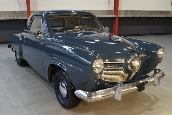 Studebaker -  Champion Deluxe Business Coupe 170CI Inline 6 - NO RESERVE - 1951