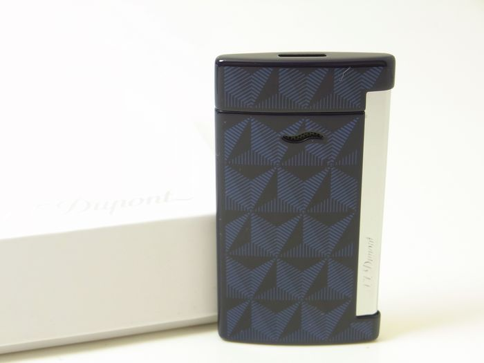 S. T. DUPONT Slim 7 Firehead Blue 027727 New in Box - Lighter