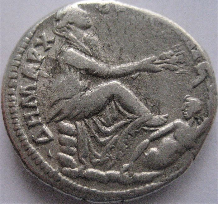 Romeinse Rijk - AR Tetradrachm, Tyre in Phoenicia,  Trajan 98-117 AD dated RY 17 and Cos. VI (113 AD)  - Zilver