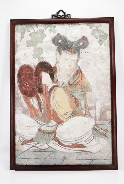 Polychrome Freskenmalerei - Stuck - A polychrome fresco painting with a celestial deity playing the Chinese cymbals - China - Späte Yuan-Dyanstie bis frühe Ming-Dynastie