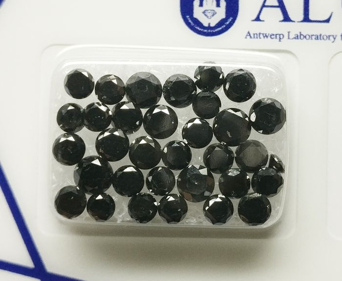 33 pcs Diamants - 5.11 ct - Brillant - fancy black - not applicable