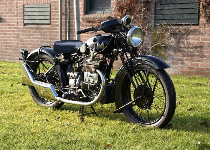 Matchless - Silver Arrow - V-Twin - 400 cc - 1933