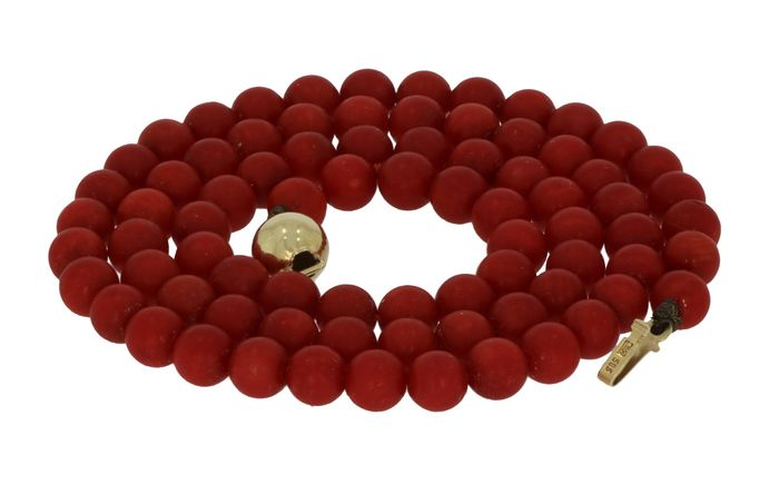 Antiek - 14 kt. Yellow gold - Necklace Deep red blood coral