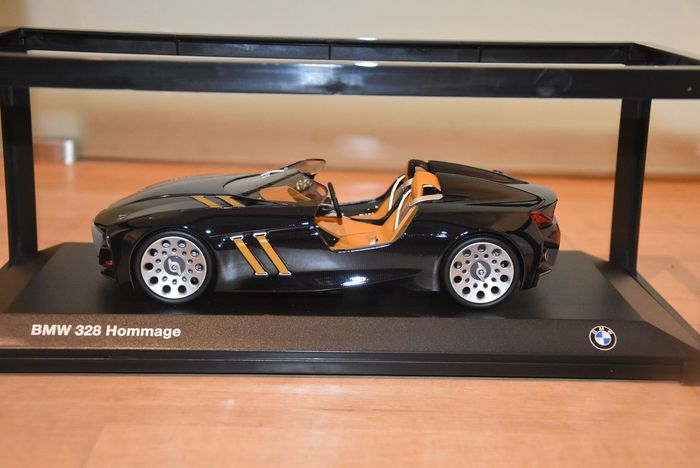 MiniChamps - 1:18 - BMW 328 Hommage - Carbon - Special BMW Dealer model!