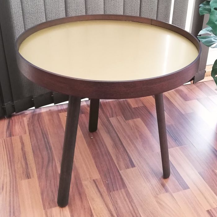 Signe Hytte - MENU - side table with reversible tray - Uncover