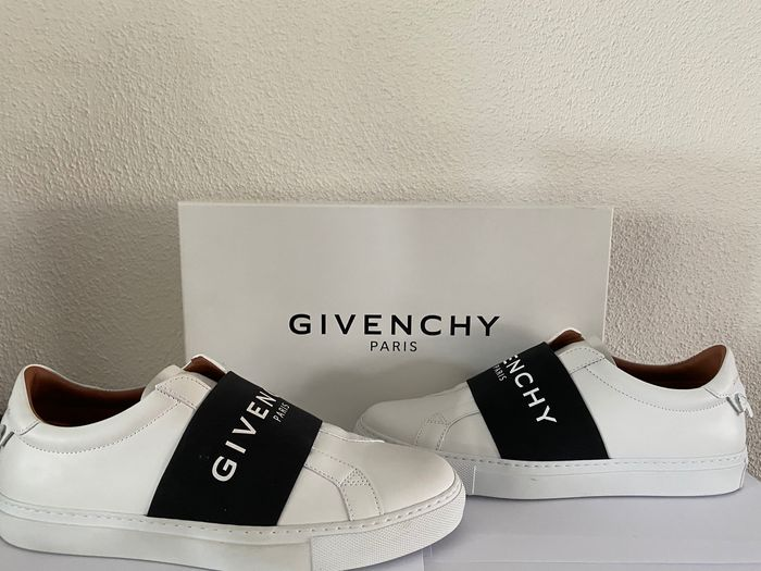 collection SS20 Givenchy Urban Street
