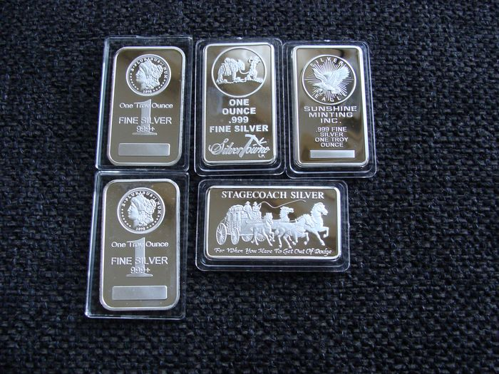 155,5 gram - Silver .999 - 5 x troy ounces in capsule