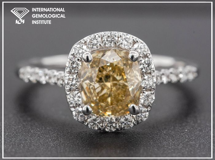 14 kt. White gold, 2.58g - Ring - 1.90 ct Diamond - Fancy Brown Yellow - VS2