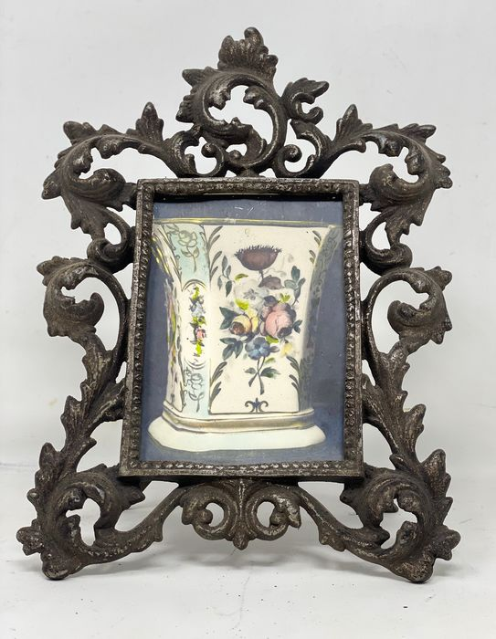Artistic frame closeup is cast in bronze - Bronze (gilt/silvered/patinated/cold painted)