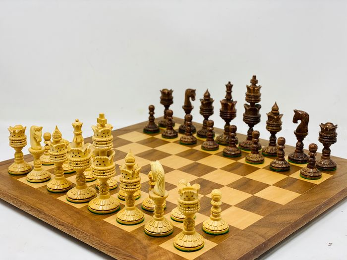 Persian Chess Thousand and One Nights - Rosewood Wood