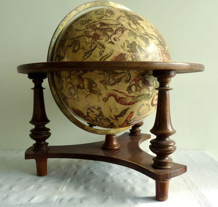 Vincenzo Coronelli - Large old celestial globe in a wooden chair