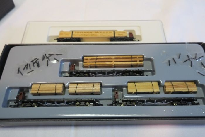 Märklin Z - 82570 - Freight carriage - 4 flat wagons with wooden loading - DRG