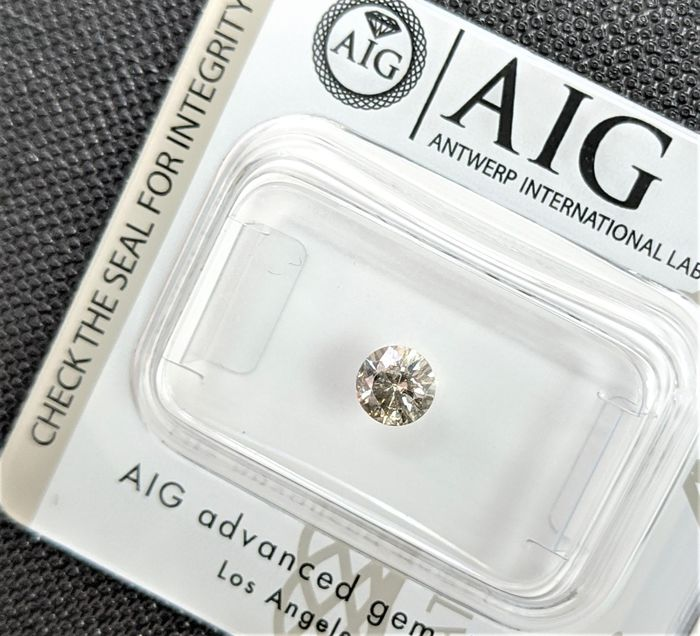Diamond - 0.36 ct - Brilliant - fancy light brown - SI1, No Reserve Price