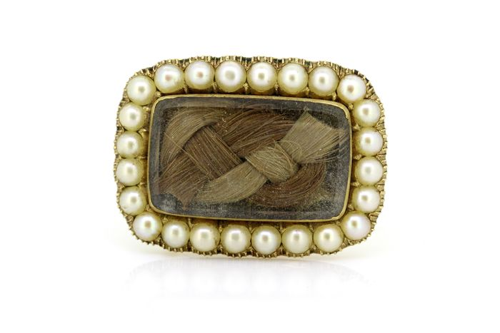 15K Yellow gold - Antique mourning brooch with Seed pearl and hair verso