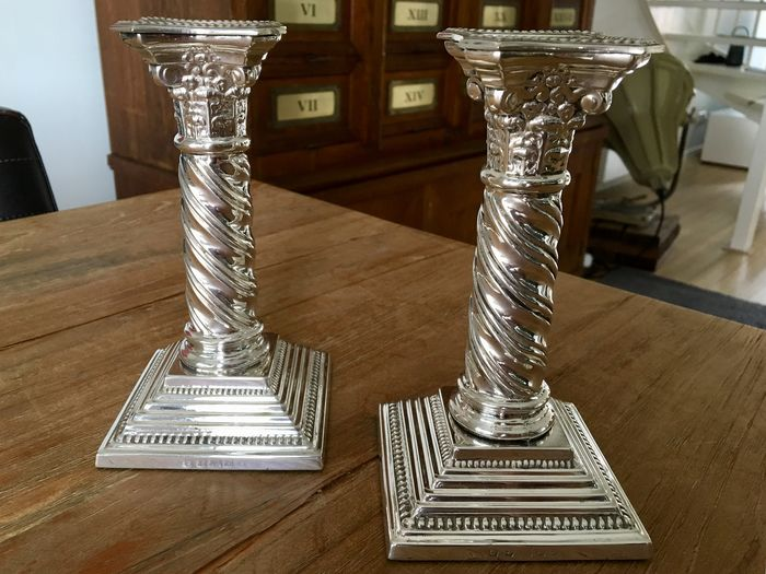 Silver-plated pair of Corinthian style candlesticks - Silverplate