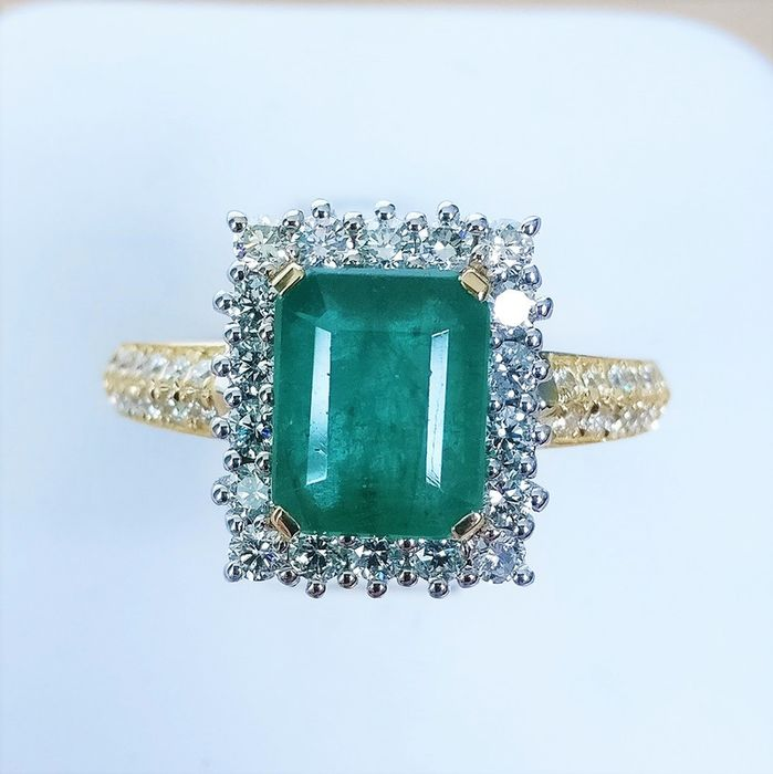 18 quilates Bicolor - Anillo - 2.09 ct Esmeralda - Diamante