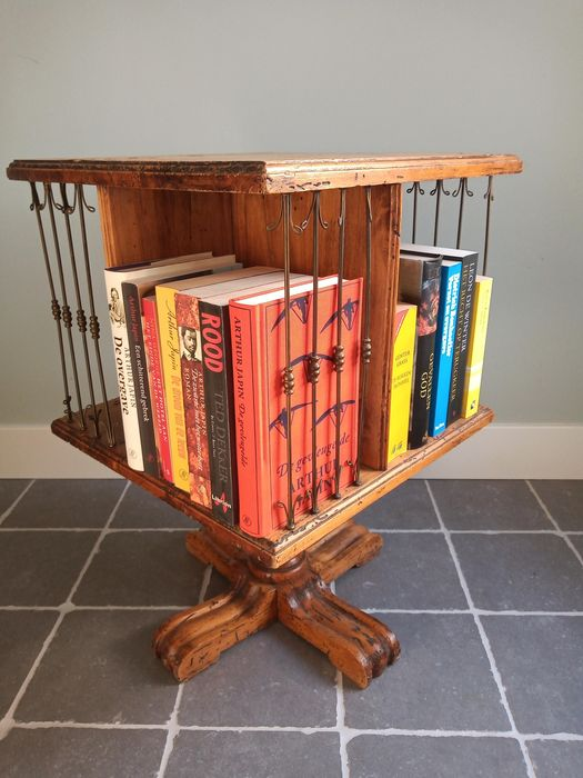 A book mill - Hout