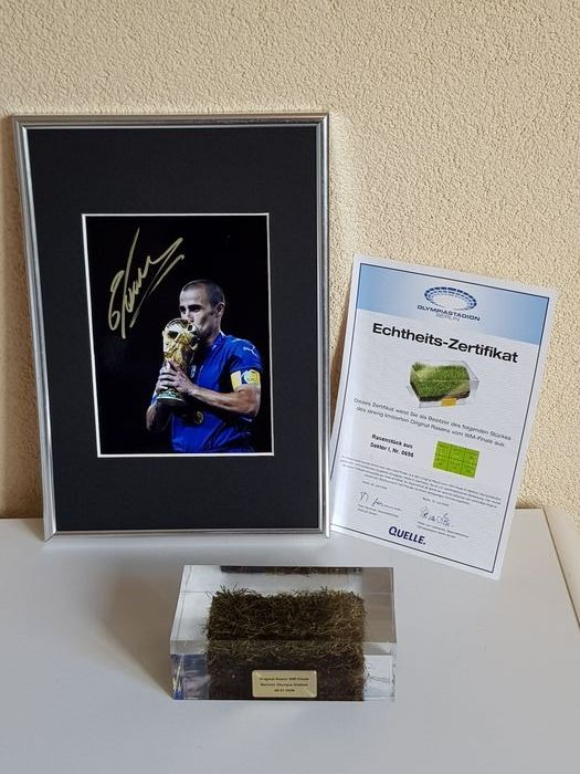 Football World Championships - 2006 - Original part final grass WC 2006 Italy - France + signed photo Fabio Cannavaro