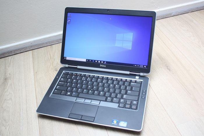 Dell Latitude 6430s - Intel Core i5 (3e generatie) 2,6 Ghz, 6 GB RAM, 320 GB HDD, Windows 10 - met oplader