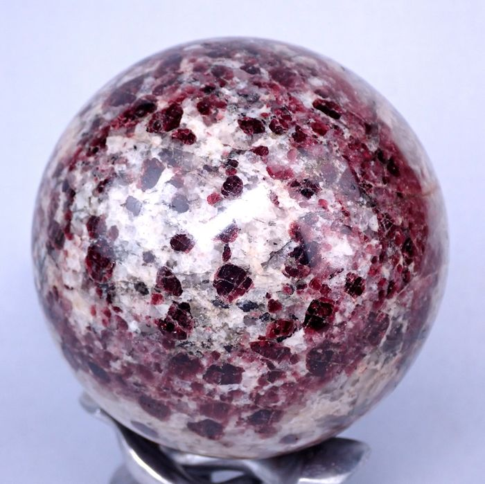 First Quality Granat Sphere - 91×91×91 mm - 1287.8 g