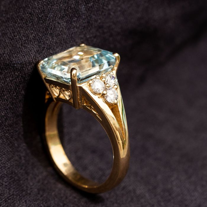 Lilo Diamonds - 18 kt. Yellow gold - Natural Aquamarine Diamond Ring - 6.00 ct Natural Aquamarine - 0.60ct  D-F/VVS Diamonds
