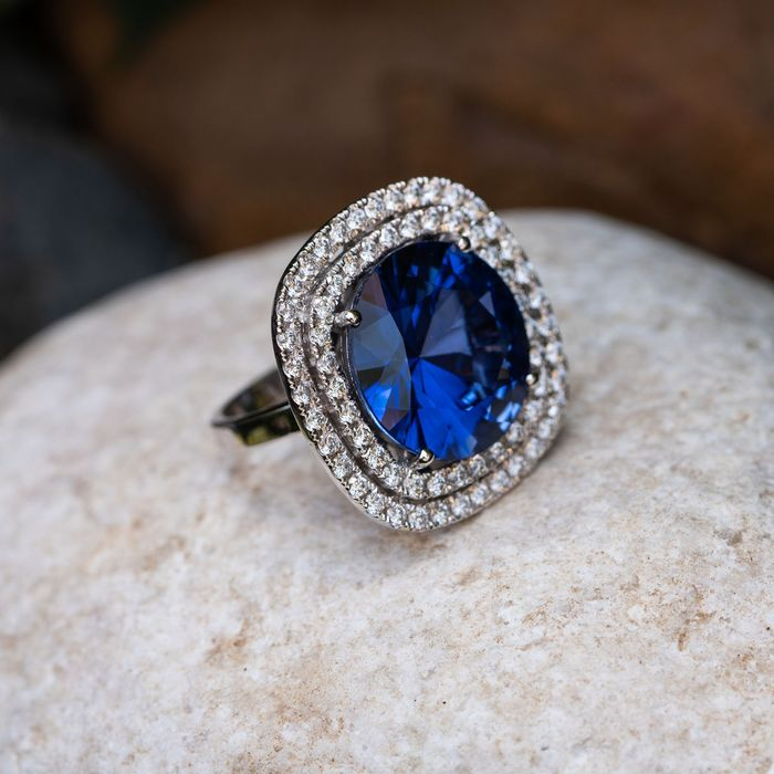 Large Sapphire Diamond Ring - 14 kt. White gold - Ring - 21.00 ct Sapphire - 1.65 D-F/VVS Diamonds- Lilo Diamonds