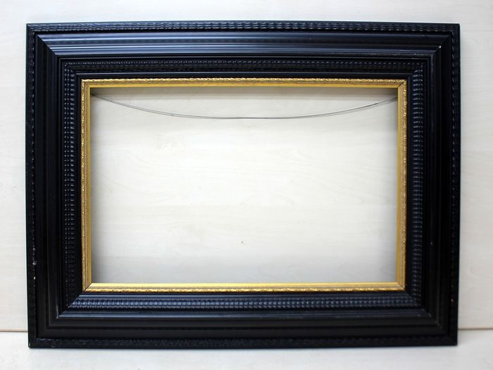 Black lacquered painting frame - Gilt, Limewood