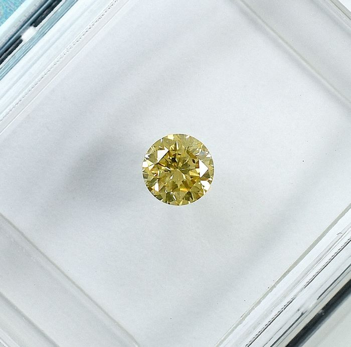 Diamante - 0.18 ct - Brillante - Natural Fancy Brownish Yellow - Si1 - NO RESERVE PRICE - VG/VG/G