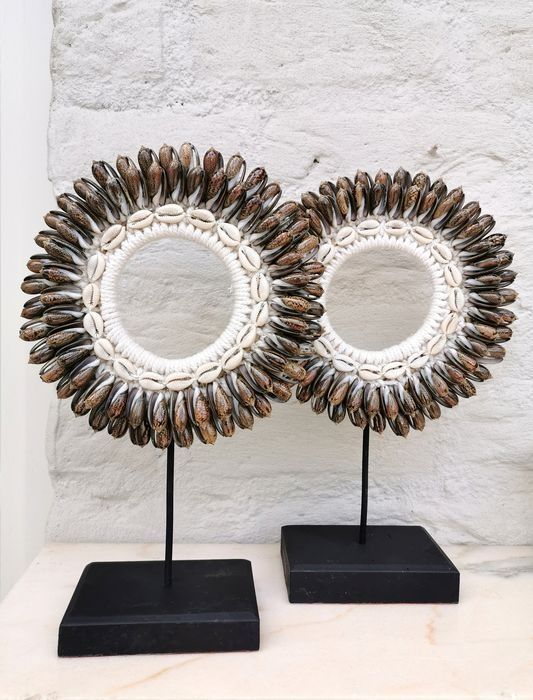 Shell necklace (2) - Steel, shells