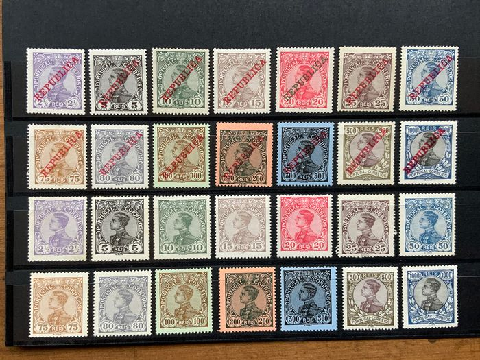 Portogallo 1910 - D. Manuel II. Complete sets, with and without overprint - Mundifil 156/169, 170/183