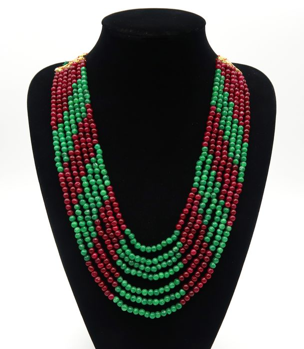 Ruby and emerald pearl necklace, polished pearls - 7 rows - Ruby stone, Emerald - India - 21st century