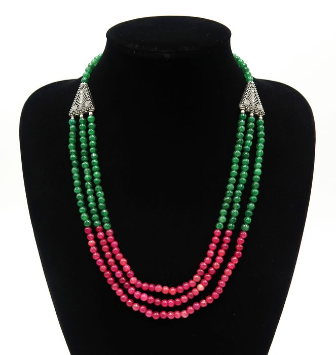 Ruby, emerald, polished round pearls - 3-row necklace - 62 g