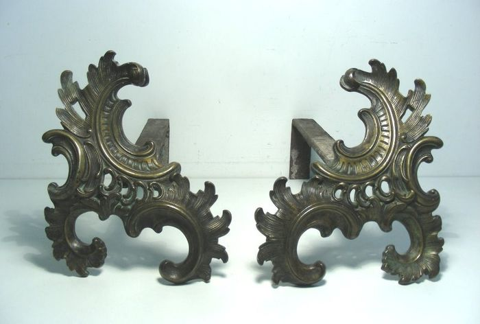 Pair of Chenets - Firebuck or Fireplace Supports - Rococo Style - Bronze, Iron (cast/wrought) - 19th century