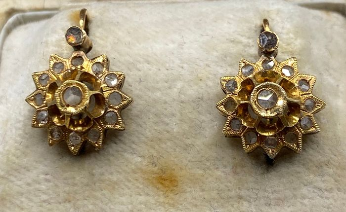 18 kt. Yellow gold - Earrings Diamond - Sapphires