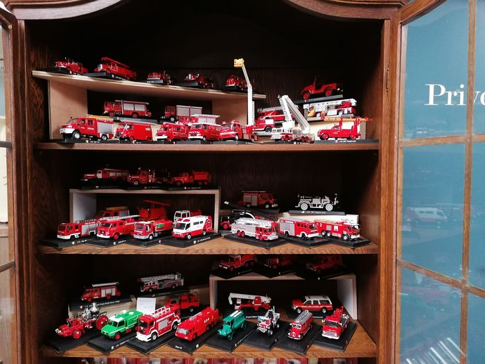Prado - 1:76 - Lot 51 Fire trucks and trucks Brandweer - Different countries
