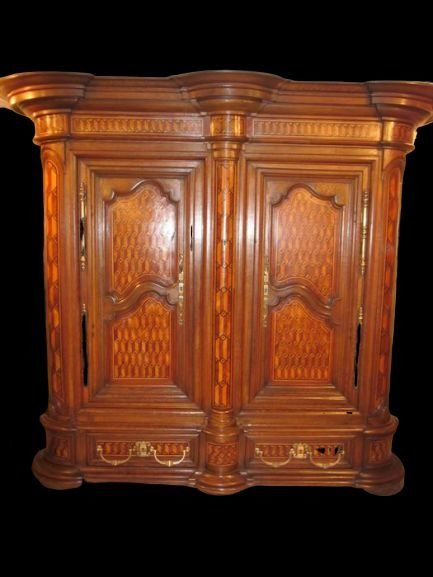 Cabinet on stand - Charles X - Walnoot - Begin 19e eeuw