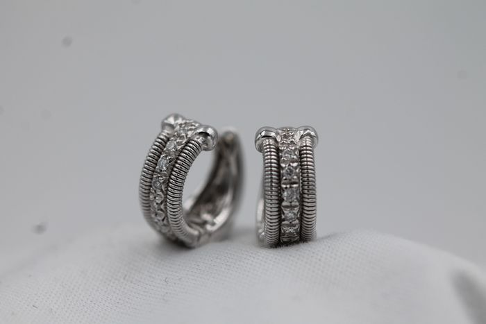 Marco Bicego - 18 kt. White gold - Earrings - 0.19 ct Diamond