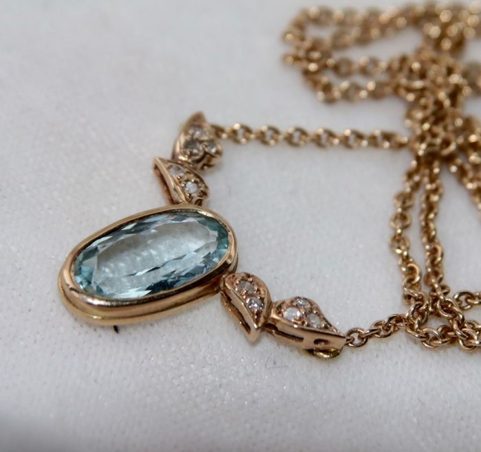 14 kt. Yellow gold - Necklace - 1.70 ct Aquamarine (tested) - 10 single cut diamonds - Handmade Germany