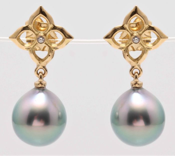 United Pearl - 14 kt. Yellow Gold - 10x11mm Lustrous Tahitian Pearls - Earrings - 0.02 ct