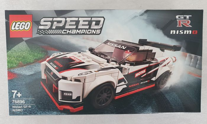 LEGO 76896 Nissan GT-R Nismo NEW And SEALED Free Shipping