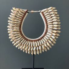 Decorative shell necklace on custom stand - Natural gray/orange colour shells & natural fibres